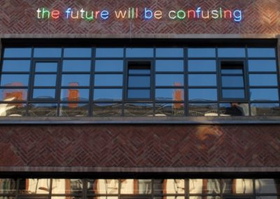 Tim Etchells will be (Frankfurt) Fassade Künstlerhaus Mousonturm