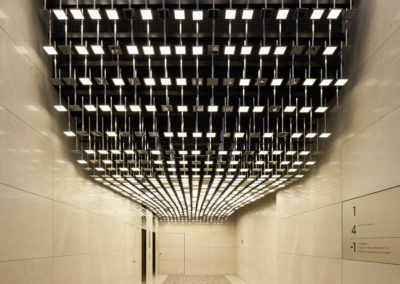Eike Becker Architekten OLED-Lichtinstallation ma/ro